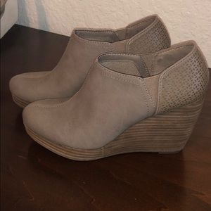 Brand new Dr. Scholl's wedges